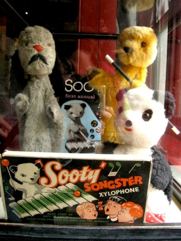 Sooty and Sweep and Soo!